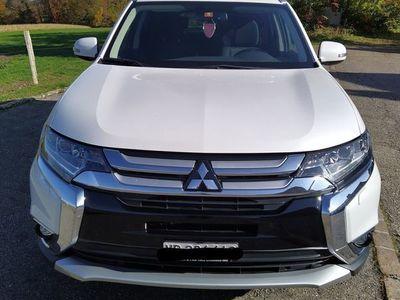 gebraucht Mitsubishi Outlander 2.2 style anniversaire 4 WD automatique