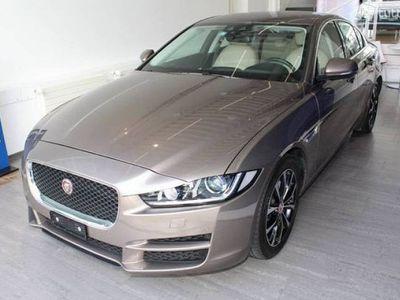 gebraucht Jaguar XE 2.0 D 180 Prestige