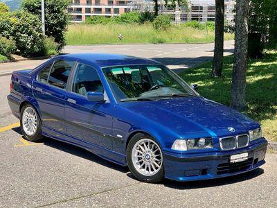 gebraucht BMW 328 3er i Sport Edition
