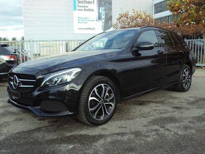 gebraucht Mercedes C250 C-Klassed AMG Line 4Matic 9G-Tronic