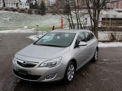 gebraucht Opel Astra 1.4i Turbo Cosmo