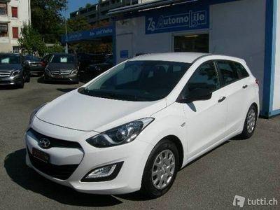 gebraucht Hyundai i30 Wagon 1.4 Pica