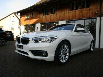 gebraucht BMW 118 1er i Essential Edition Steptronic