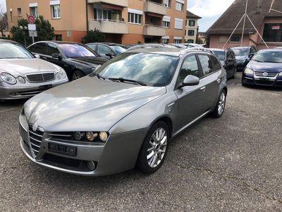 gebraucht Alfa Romeo 159 Sportwagon 2.4 JTD Distinctive Q-Tronic