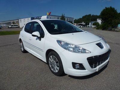 gebraucht Peugeot 207 1.4 16V 95 Active