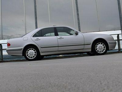 gebraucht Mercedes E320 ELÉGANCE AUTOMATIC l 224 PS