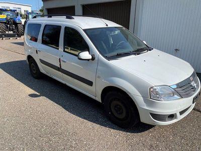gebraucht Dacia Logan 1.6 16V Lauréate