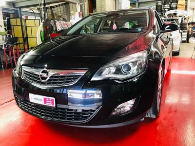 gebraucht Opel Astra 2.0 CDTi Cosmo Automatic