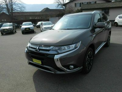 gebraucht Mitsubishi Outlander 2.0 PHEV Style Anniversary 4WD Automatic