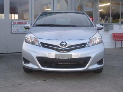 gebraucht Toyota Yaris 1.33 Luna