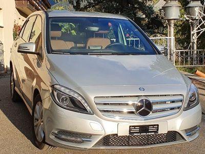 gebraucht Mercedes B220 4Matic 7G-DCT