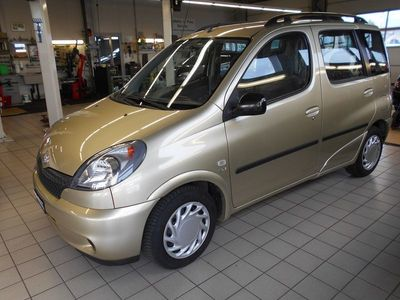 gebraucht Toyota Yaris Verso 1.3 Linea Sol