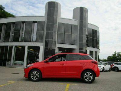 gebraucht Hyundai i20 Active 1.0 T-GDi Amplia DCT