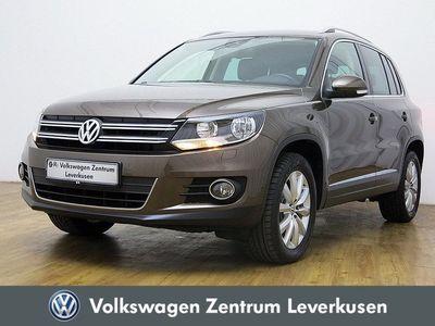 gebraucht VW Tiguan 1.4 TSI Sport & Style PDC AHK NAVI SHZ