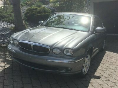 gebraucht Jaguar X-type 2.5 V6 Traction4 Executive