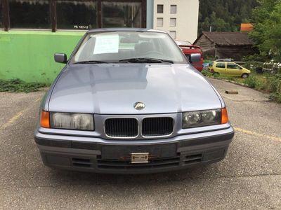 gebraucht BMW 318 3er i mit wenig KM !