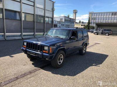 gebraucht Jeep Cherokee 4.0 Limited - 262'568 km - AHK 3'100 KG
