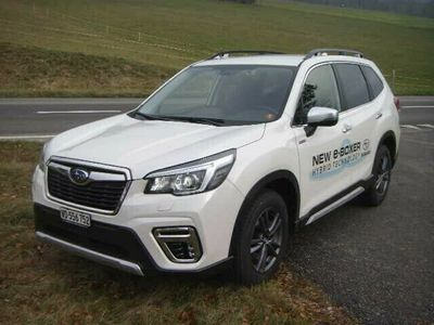 gebraucht Subaru Forester Station 2.0i e-Boxer Swiss Plus