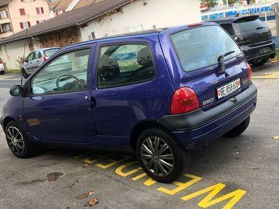 gebraucht Renault Twingo 1,2 bezin km 128,000