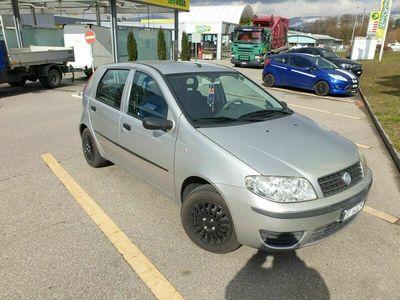 gebraucht Fiat Punto Punto 1,2 Liter 8v ab Platz1,2 Liter 8v ab Platz