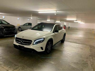 gebraucht Mercedes GLA200 GLA-Klasse Mercedesamg line +night star
