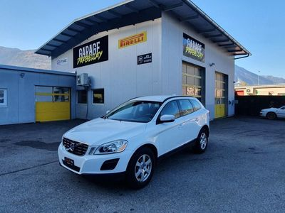 gebraucht Volvo XC60 2.0T Kinetic Powershift