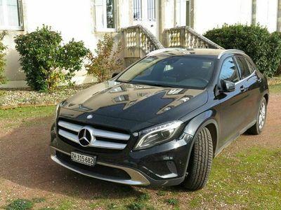 gebraucht Mercedes GLA220 GLA-Klassed 4m