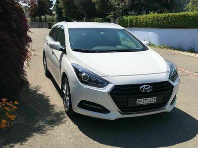 gebraucht Hyundai i40 1.7 CRDI Premium