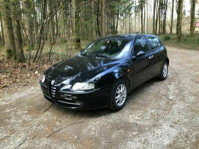 gebraucht Alfa Romeo 147 147 1.9 JTD 16V Distinctive zu verkaufen1.9 JTD 16V Distinctive zu verkaufen