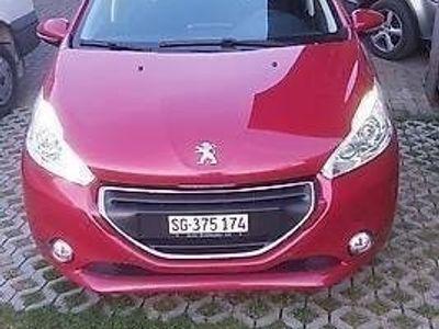 gebraucht Peugeot 208 Zu verkaufen