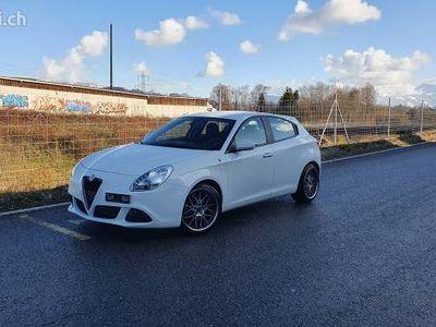 gebraucht Alfa Romeo Giulietta 1.4 T nur 37.000 km jrg 2016