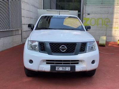 gebraucht Nissan Navara Double Cab SE 2.5 dCi 4WD LB