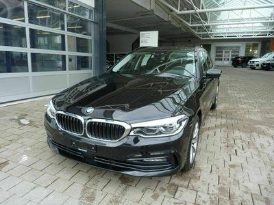 gebraucht BMW 530 5er d xDrive Touring Sport Line Steptronic