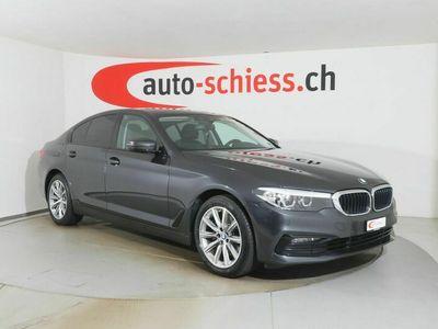 gebraucht BMW 520 i Sport Line Steptronic