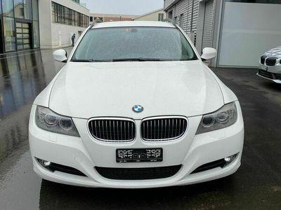 gebraucht BMW 325 3er Zum Verkaufen 325 Diesel Läuft Gut km 157000 3er Zum VerkaufenDiesel Läuft Gut km 157000
