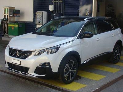 gebraucht Peugeot 5008 new 1.2 PureTech Allure