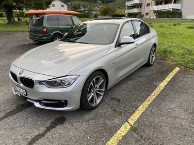 gebraucht BMW 335 i xDrive Modern Line Steptronic