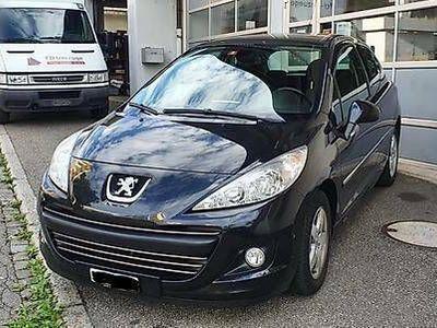 gebraucht Peugeot 207 1.4 Acces