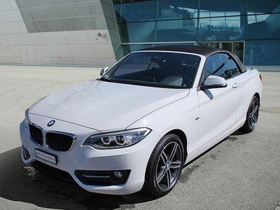 gebraucht BMW 220 i Sport Line