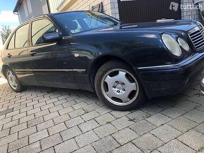 gebraucht Mercedes E320 Matik