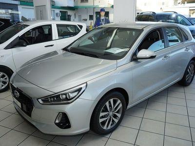 gebraucht Hyundai i30 1.0 T-GDi Amplia