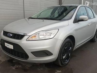 gebraucht Ford Focus 1.6i VCT Carving