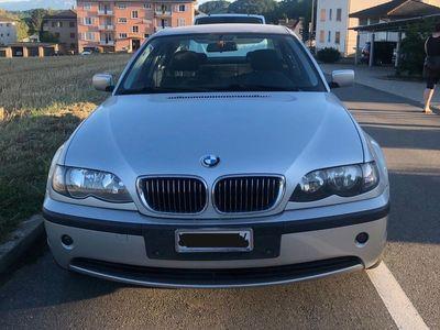 gebraucht BMW 320 3er i