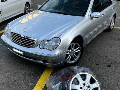 gebraucht Mercedes C200 C-Klasse Mercedes Benz C200 Elegance C-Klasse Mercedes BenzElegance