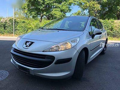 gebraucht Peugeot 207 1.4 16V. FRISCH MFK 1500