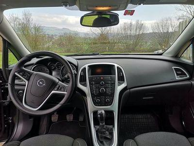 gebraucht Opel Astra Sports Tourer 1.6 Turbo