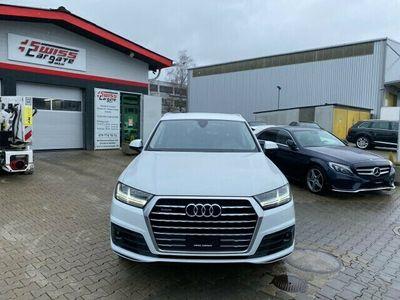 gebraucht Audi Q7 Q7 3.0 TDI quattro tiptronic S Line + 7 Plätze3.0 TDI quattro tiptronic S Line + 7 Plätze