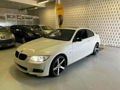 gebraucht BMW 330  i xDrive Coupé Steptronic