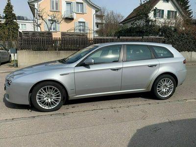 gebraucht Alfa Romeo 159 159 Sportwagon 1.9 JTD Lusso Limited EditionSportwagon 1.9 JTD Lusso Limited Edition