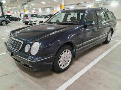 gebraucht Mercedes E240 Elégance